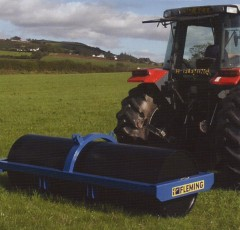 Large agricultural field rollers